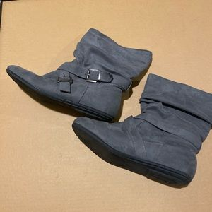 JustFab Slouchy Grey Boots